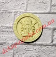 Герб с лилией, диаметр 25 мм