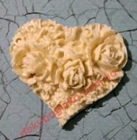 Сердце в розах,   4,5*4 см