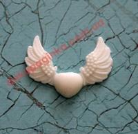 Сердце с крыльями,   3,5*2,5 см